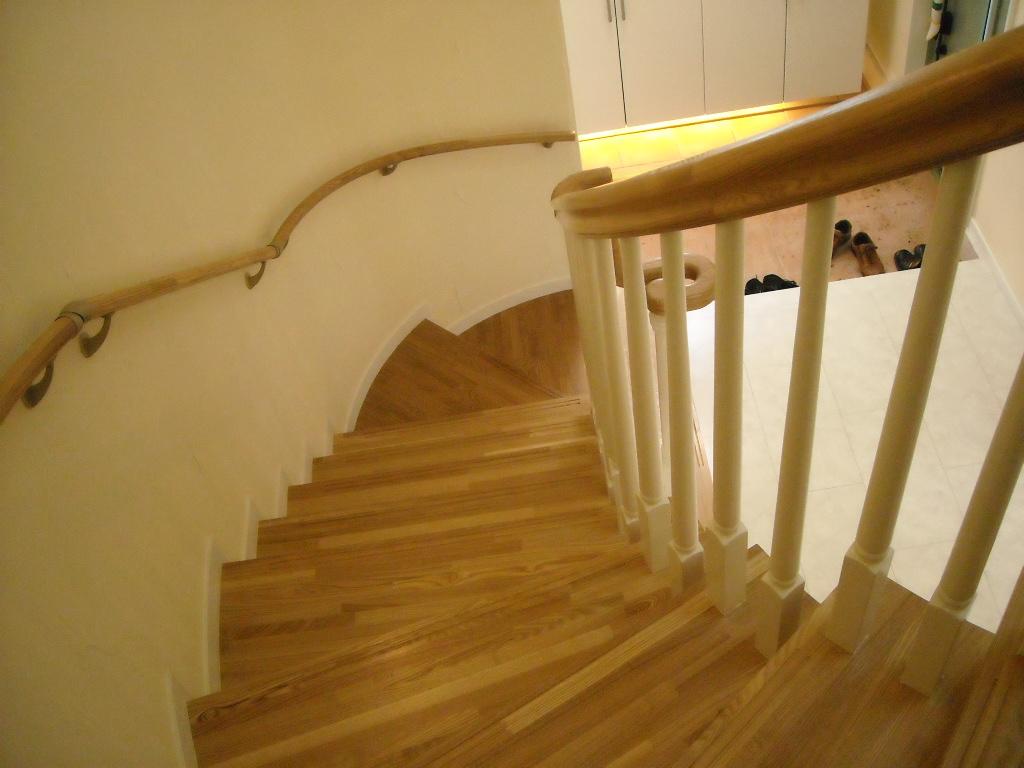 廻り階段で優雅さをプラス
