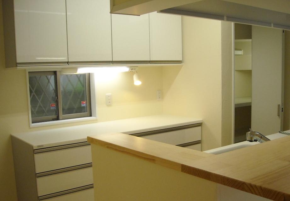 キッチンとパントリー室