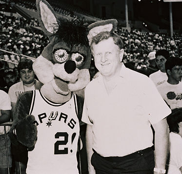 Red McCombs brings Spurs of NBA to San Antonio, standing with The Coyote