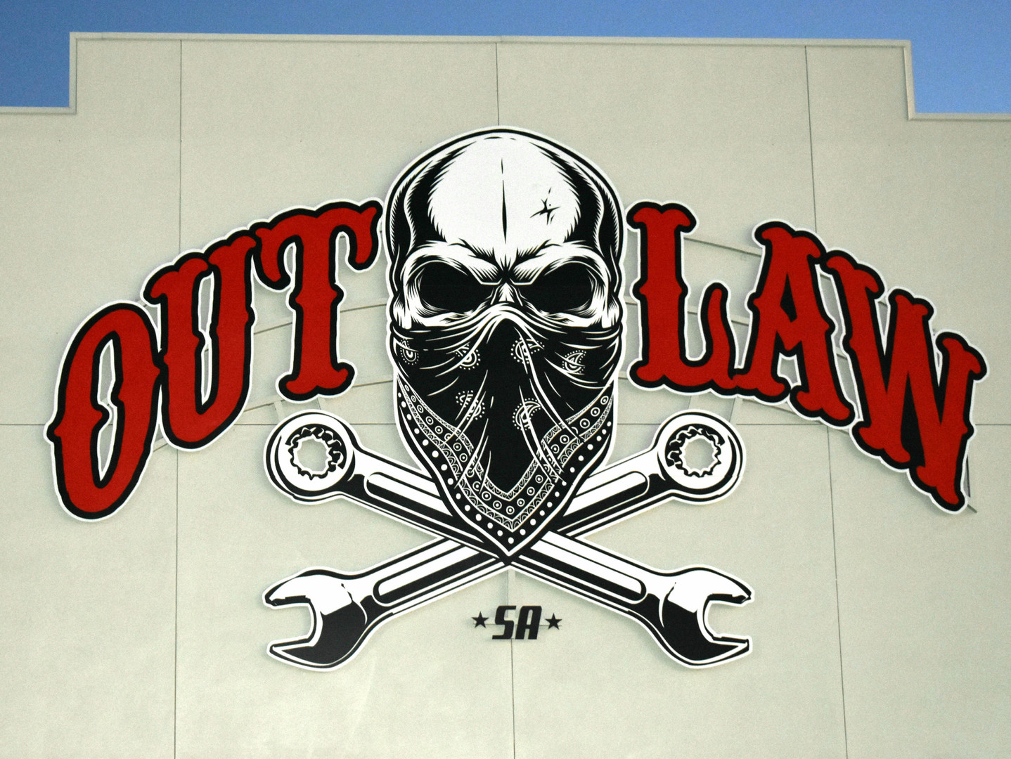 OUTLAW bldg sign.jpg