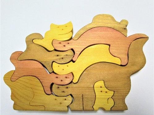 """Деревянная игрушка """"Горка из кошек"""" (маленькая)"""