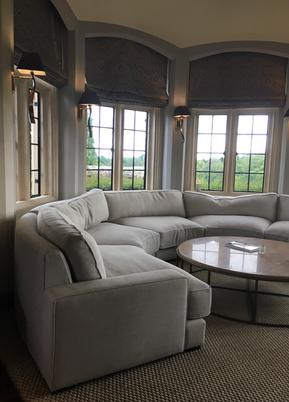 Round modular sofa in situ