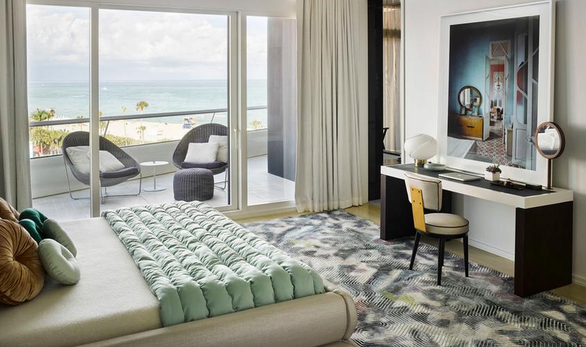 Miami Penthouse continued.