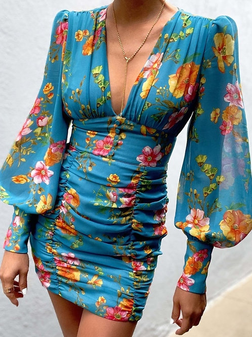 Düğme Detaylı V Yaka Elbise