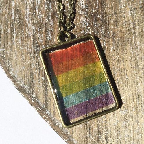 Oblong rainbow pendant