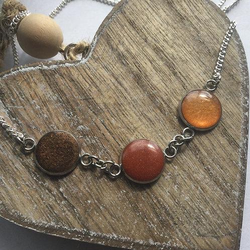 Shades of autumn 3 bezel necklace