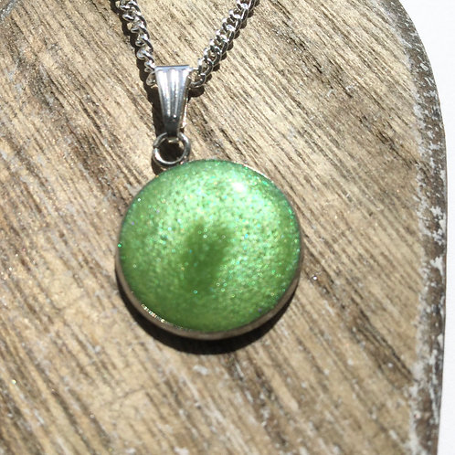 Apple shimmer pendant