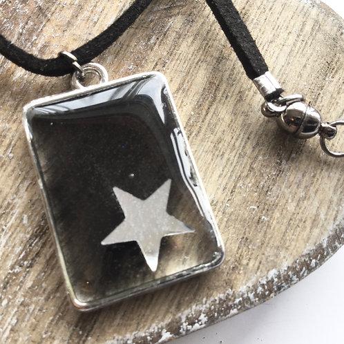 Rectangle star pendant