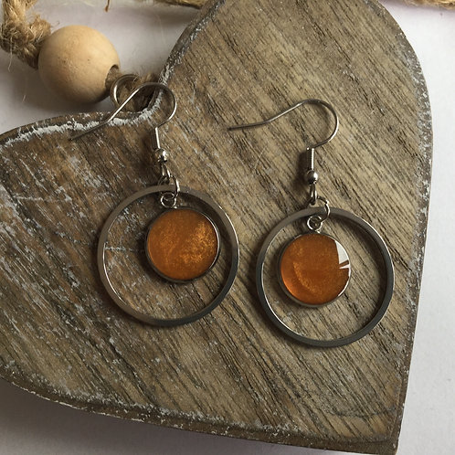 Round orange drop earrings
