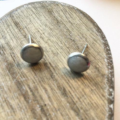 White shimmer 6mm stud earrings
