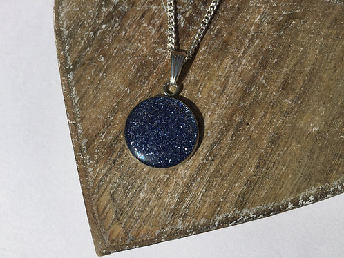 Blue sparkle 16mm pendant