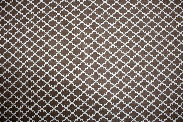 Tricoline Caldeira - Geométrico Marrom e Branco