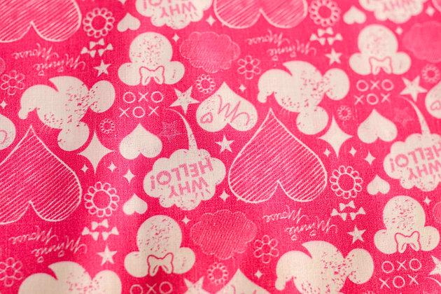 Tricoline Personagem - Minnie e Corações Rosas