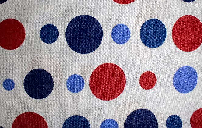 Tricoline - Estampa Círculos - Vermelho e Azul