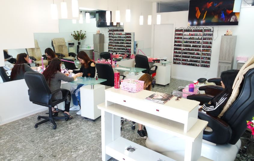 iNail + Beauty - expert service