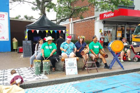 MP Denise Lee - Cook Island Drumming