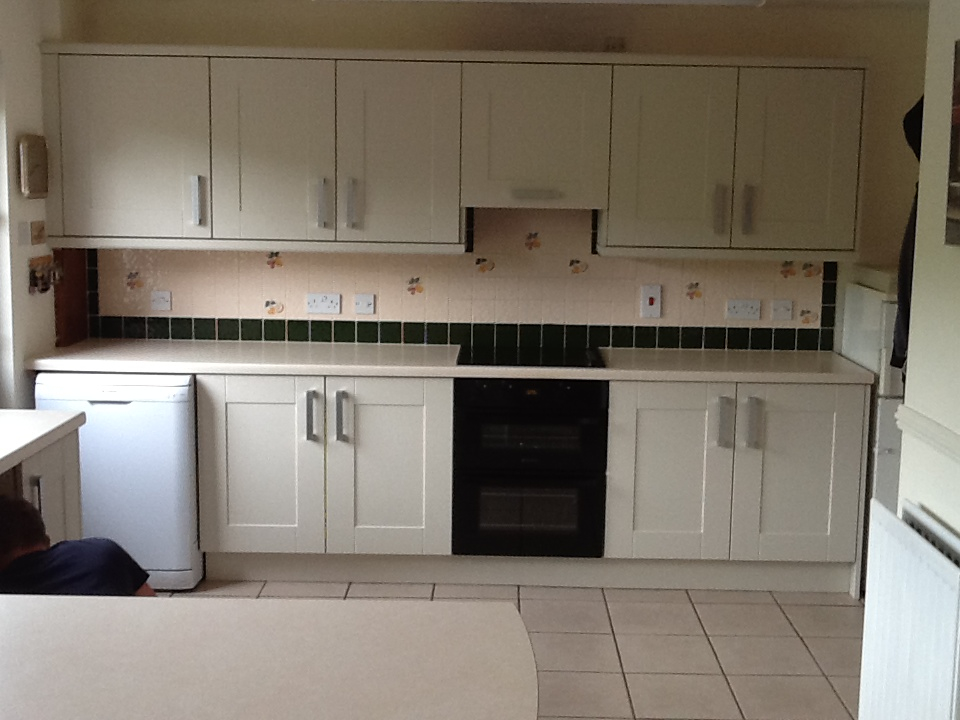 Кухня после замены мебельных фасадов