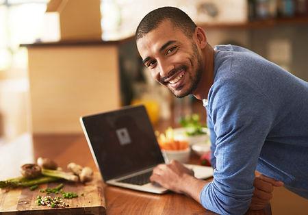 Heb jij getalenteerde werknemers in dienst? Wil jij hen graag vitaal door laten werken tot hun pensioen? Zorg voor vitaliteit op de werkvloer. Duurzaam inzetbare medewerkers bespaart kosten.