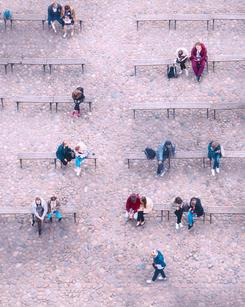 St Petersberg Topshot Bench_V,1.jpg