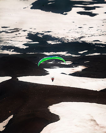 Russia_Kamchatka_Parasailing-2_WV.jpg