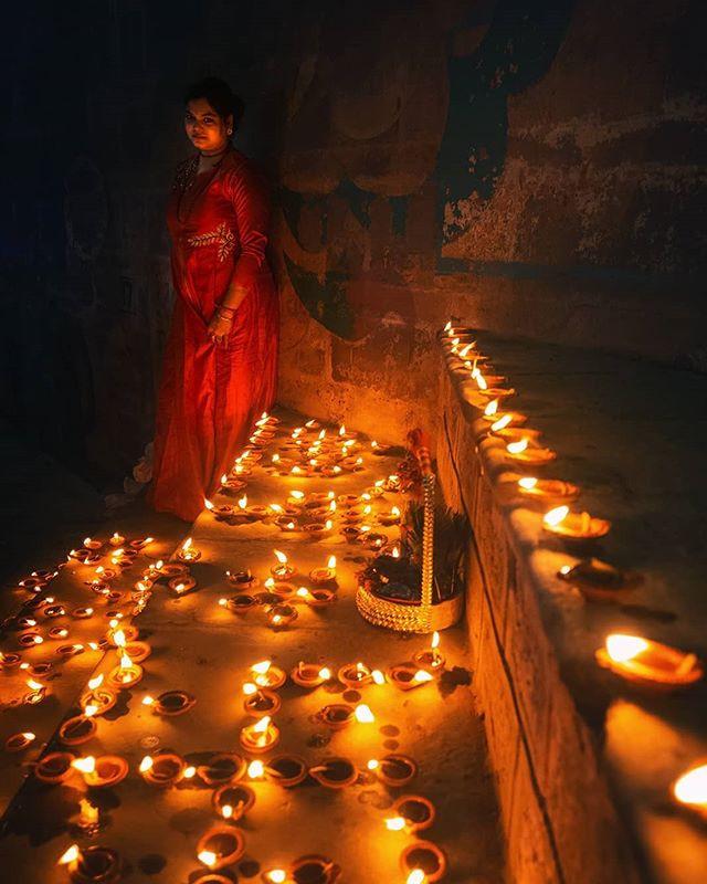 Varanasi amalgamates spirituality, Indianness and human spirits. During Dev Deepavali, Varanasi gets illuminated with lakhs of traditional lamps.