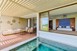 plunge pool suite 1.jpg