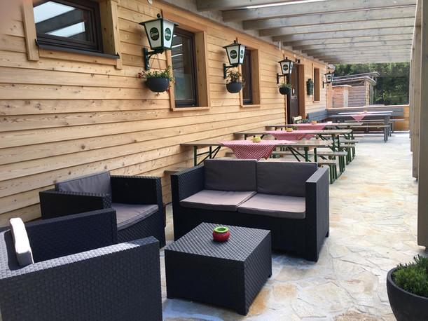 Gemütliche Lounge auf der Terrasse
