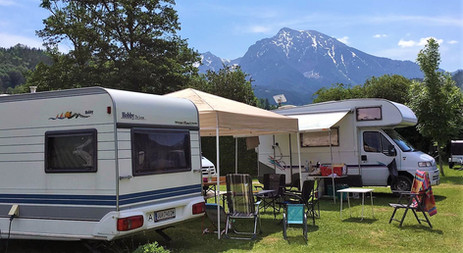 Camping mit Blick auf die Berge