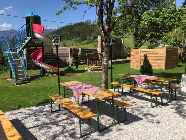 Gastgarten und Spielplatz Camping Pyhrn-Priel
