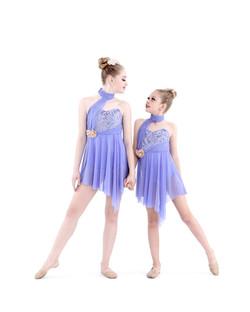 Elaina and Ava Vondemkamp_7365