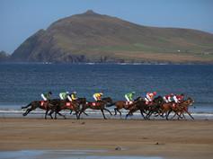 Béal Bán Races - horse racing on beach