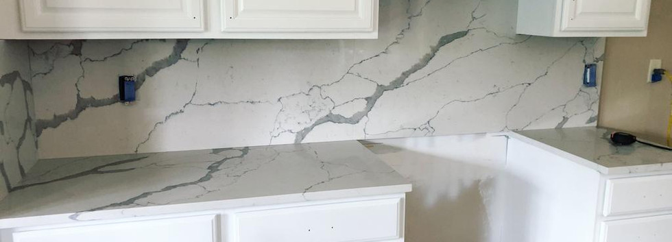Calacatta full backsplash