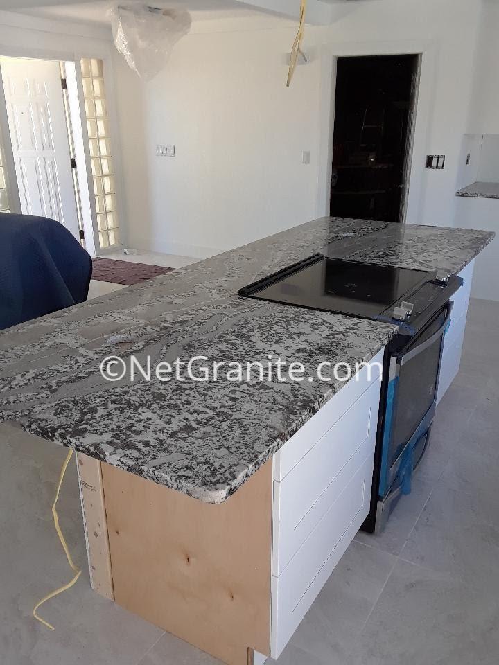 Beau High End Kitchen Island. Pergaminho Granite Kitchen Island