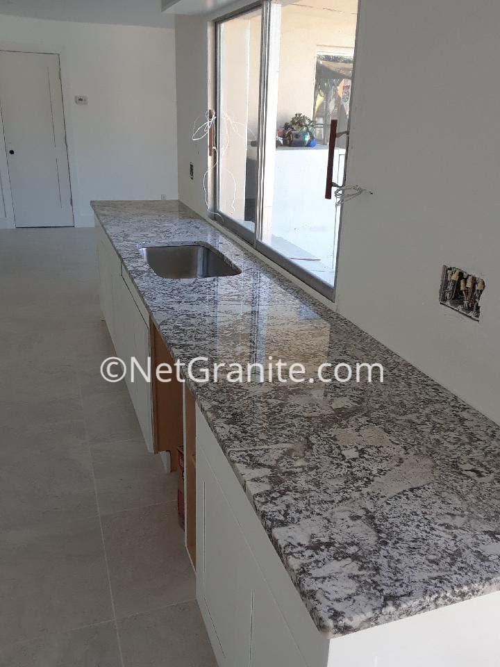 Pergaminho Kitchen Counter. Granite Countertop Pergaminho