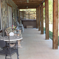 lakeview-getaway-covered-porch.jpg