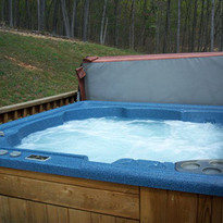little-al-hot-tub.jpg
