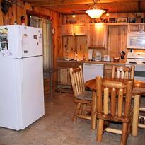 lakeview-getaway-kitchen.jpg