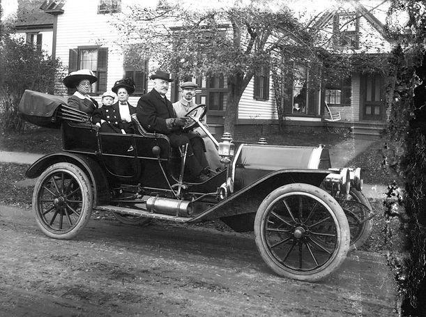 Auto Insurance Old Car Family