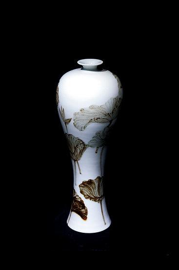 Fresh Hibiscus, 2019, Porcelain