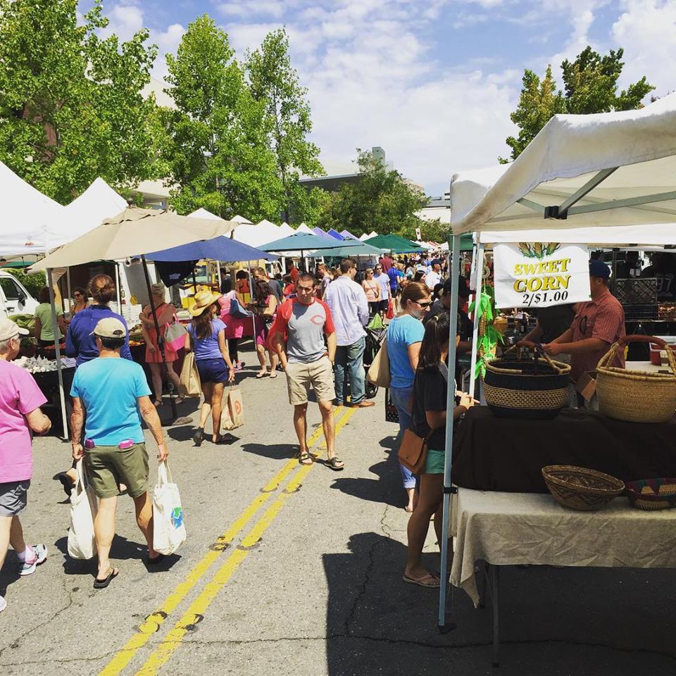 Walnut Creek farmer's market