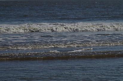 Vue sur la mer méditérranée, baignade, soleil, envirronenement naturel