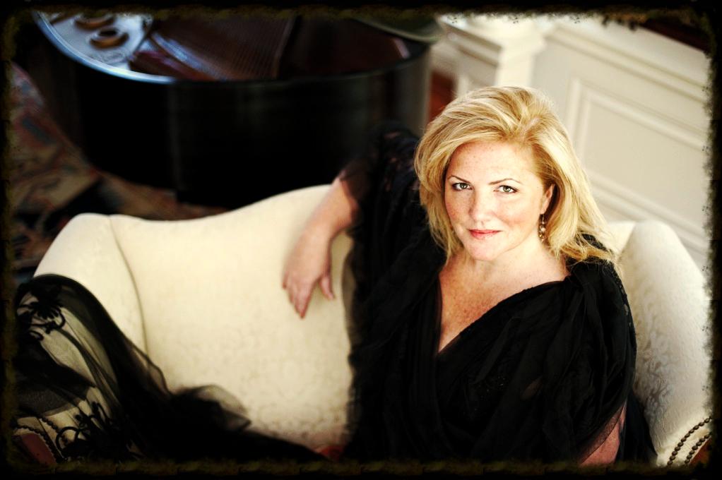 Margaret Lattimore, Mezzosoprano