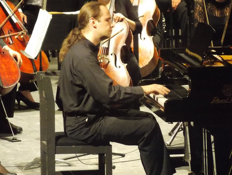 Bio Alexander Pashkov, pianista