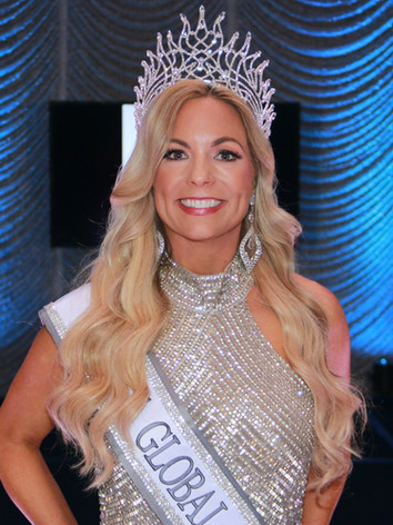 Mrs. Global Continental 2021, Carly Meek