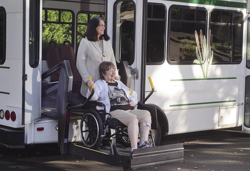 Shuttle & Bus Transportaion Service New York City   Trans