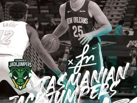 Magnay signs with the Jack Jumpers