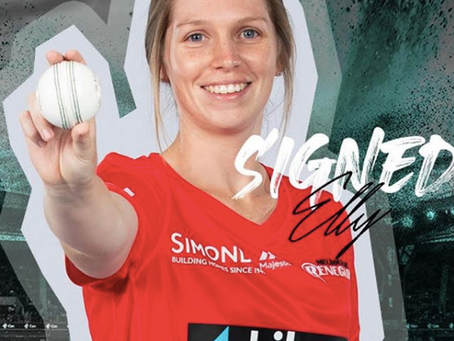 Elly Donald signs with the Renegades