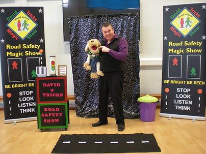 road safety show, road safety magic show, puppet road safety show, road safety magic show, school show,