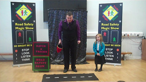 road safety show in Brighton, brighton and hove road safety magic show, road safety show brighton schools
