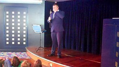 Billingshurst Magician, Billingshurst Children's entertainer, Birthday party Billingshurst, David Tricks Magician in Billingshurst